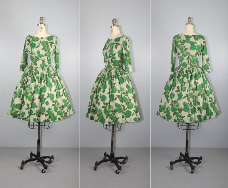 1950s floral dress  rose  vintage dress  full skirt  image 0
