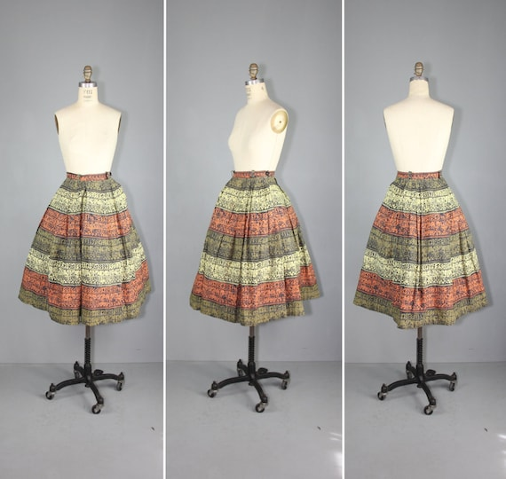 vintage skirt / 1950s / novelty print / TRIBAL SCR