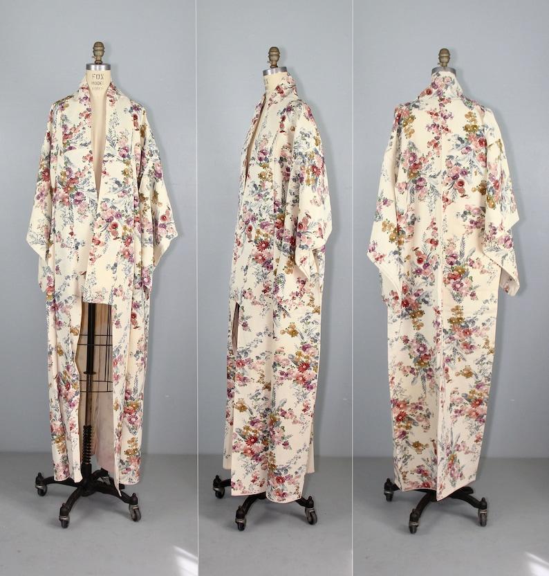 Sylvia kimono  vintage kimono  silk robe  floral  1950s  image 0