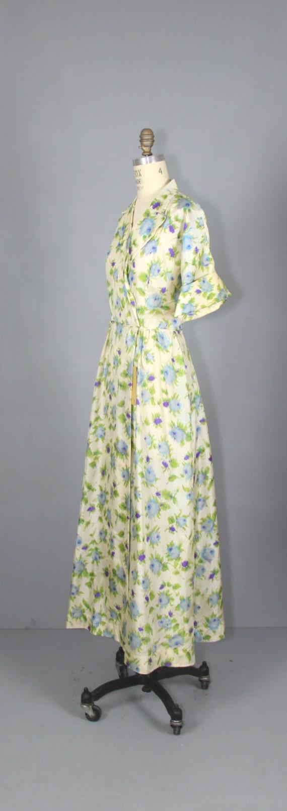 1940s robe / silk robe / dressing gown / SUGAR PL… - image 3