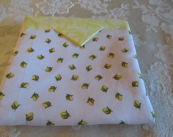 White with yellow rose buds bag