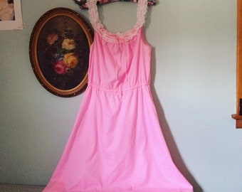 sweet hot pink and white etelet lace nighty