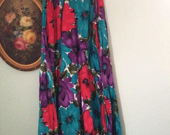 Twirly pink and purple flowers vintage skirt