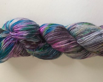 Hand painted 4ply yarn 400m/100g