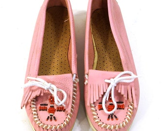 Minnetonka Moccasins Vintage 1980s Beaded & Fringed Loafers Pink Leather Women's size 6.5 or 7