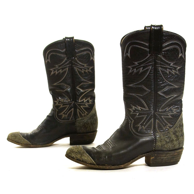3d10035439b Larry Mahan Cowboy Boots Vintage Two Tone Embroidered Leather Cowgirl  Country Western Riding Boots Women's Size 7