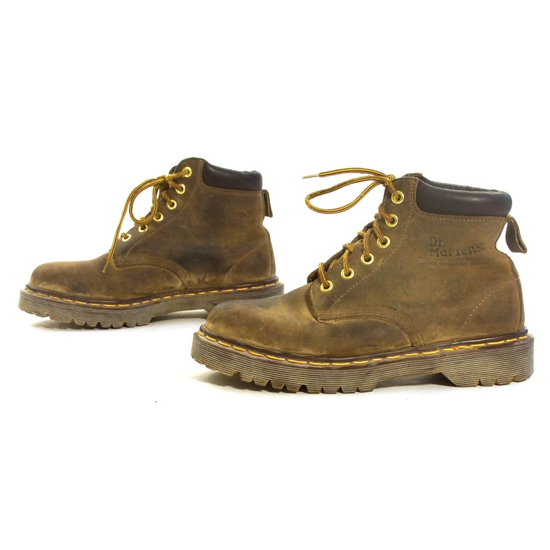 3ba91a0711a Dr Marten lacets cheville bottes Vintage en cuir marron Docs