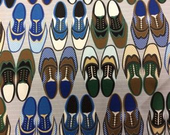 Timeless Treasures Saddleback Shoes Grey Bkg 1 yard