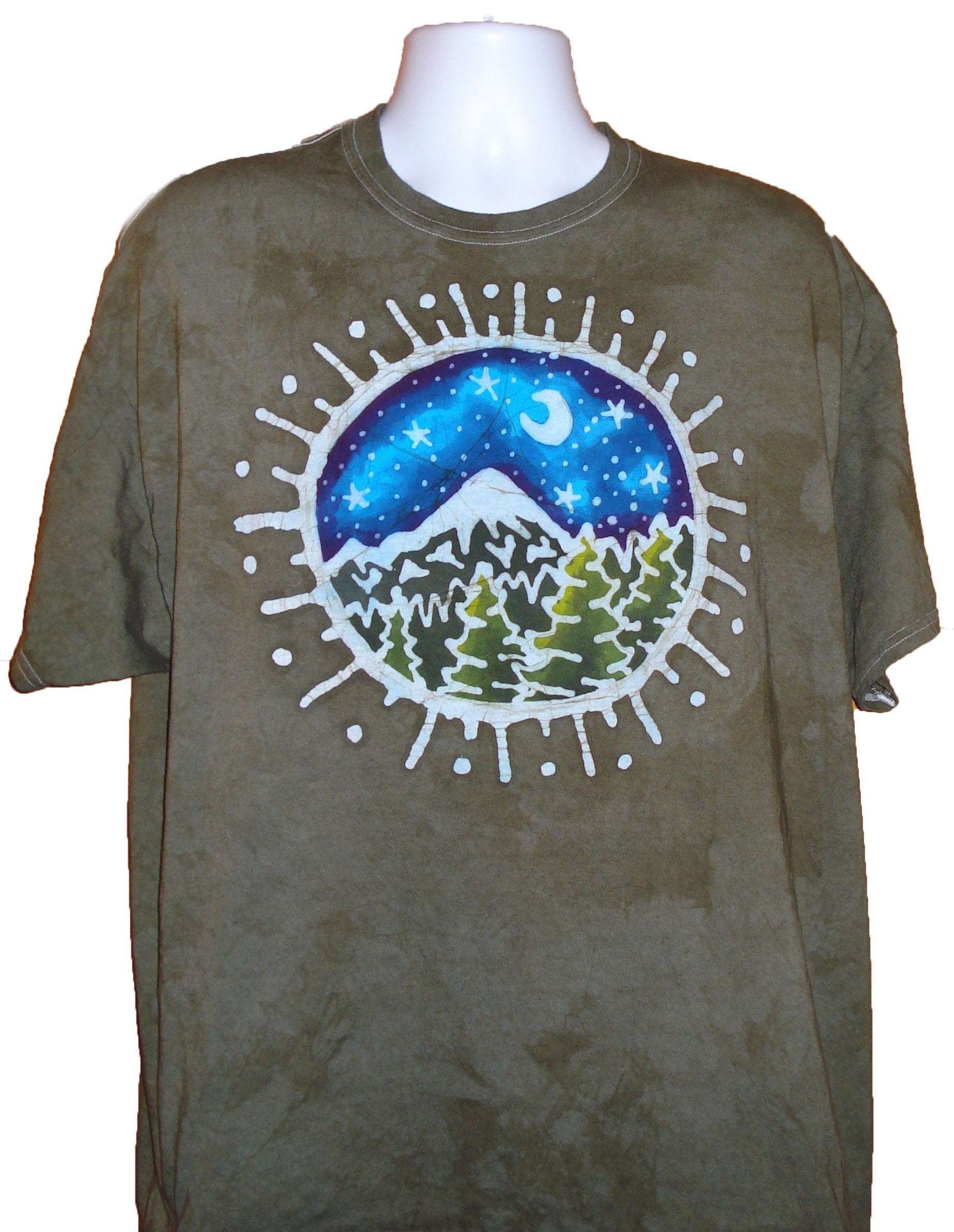 circle mountain moon forest scene adult batik t shirt etsy. Black Bedroom Furniture Sets. Home Design Ideas