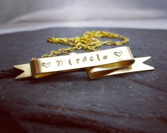 Custom Gold Banner Nameplate Necklace / Personalized Gift for HER under 100 / Keepsake Jewelry