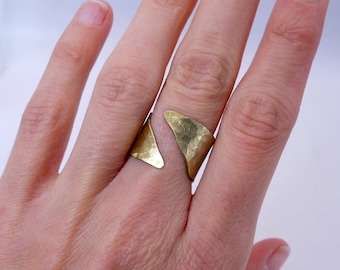 Open Brass Ring, Gold