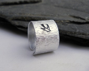 Sparrow Secret Message Ring / Honor and Faith / Inspirational quote / Unique Gift under 50