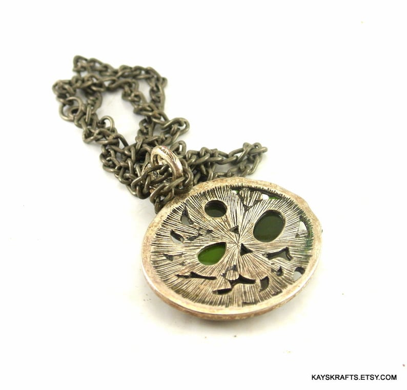 Medieval Green Faceted Gems Silver Tone Marcasite Pendant 18 Inch Antique Silver Tone Chain Vintage 70 Necklace Marcasite Silver Pendant