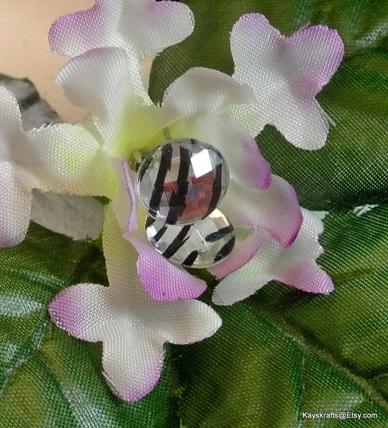Black and White Zebra Vintage Earrings 10mm Stud Earrings Striped Zebra Earrings Costume Jewelry Free Shipping in USA