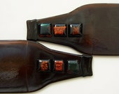 Recycled Beer Bottle Plate Gift Set with Dichroic Amber Glass Tiles 028