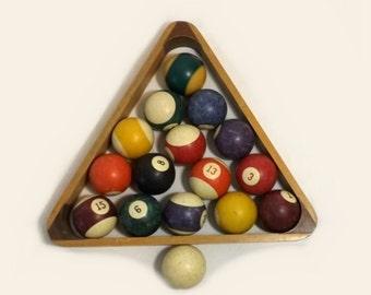 Billiard Pool Balls & Wood Rack, Vintage High Skore, Mancave Decor, Photo Prop, Sports Game Collectible
