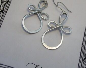 Celtic Knot Earrings, Lightweight Earrings, Dangle Earrings, Comfortable Silver Earrings, Unique Earrings, Big Earrings, Hoop Earrings, E47