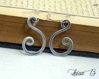 Small Earrings, Small Silver Earrings, E47