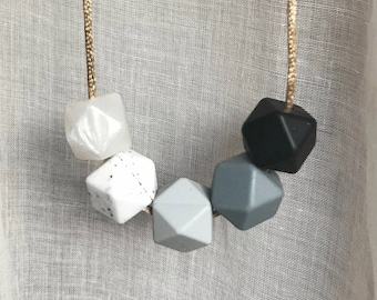 Monochrome Silicone Teething necklace, nursing necklace, babywearing jewellery, baby shower, Mother's Day gift, geometric and minimalist