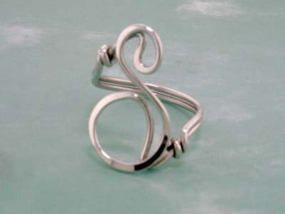 Single Initial Ring in Sterling Silver