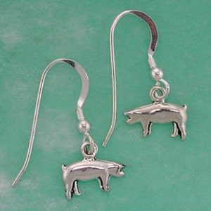 Stock Show Lamb Earrings Great Gift for FFA or 4 H Surrounded with a gold stamped circle Sterling Silver Available in all show amimals.