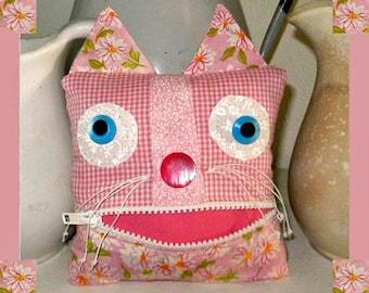 Handmade Kitty Cat Fabric Art Doll Tooth Fairy Pillow Pink Stuffed Stuffie Zipper Mouth Pouch Home Decor Shelf Sitter