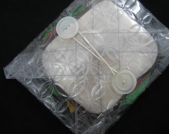 reusable sandwich wrapper (translucent geometric circles print)
