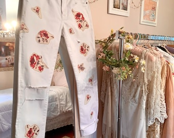 Shabby Chic Cottage Core Floral Appliqué Boyfriend Jeans