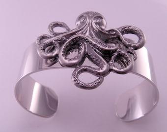 Underwater Sea Adventure Octopus Cracken Wrist Cuff Bracelet