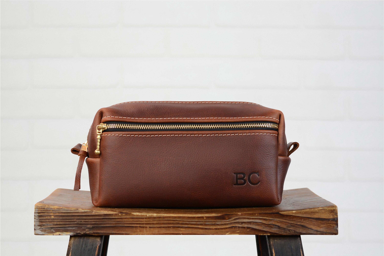 Personalized Leather Dopp Kit Groomsmen Gift | Monogram Leather Mens Toiletry Bag Leather Travel Bag | Gift for Husband Dad Grad Boyfriend