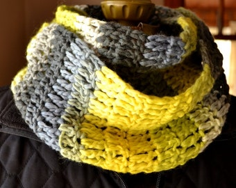 Yellow and Gray Wool Scarf Crochet Circle Scarf Infinity Scarf Citron Yellow Cowl