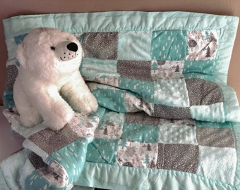 Flannel Baby Quilt, Light Green Baby Blanket, Woodland Bears Trees, Minky Blanket with Cotton Backing, Green and Gray Warm Quilted Blanket