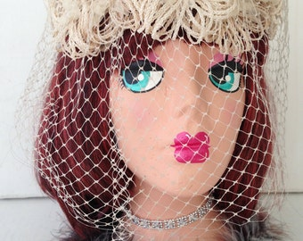 Vintage Beige Halo Hat with Birdcage Veil, Cream Wedding Bridal Floral Fascinator Hat, Boho Bride, Mother of the Bride, 1950s Headware