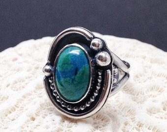 Green Stone Ring, Size 7 Parrot Wing Chrysocolla Ring, Artisan Contemporary Green Ring Sterling Silver Silversmith Modern Silver Ring