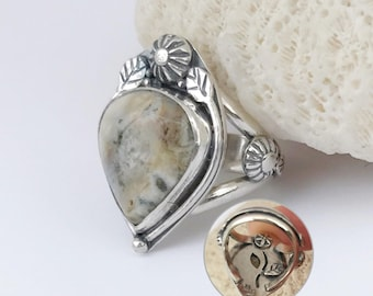 Ocean Jasper Ring, Hand Fabricated Sterling Silver, Size 6 1/2 Split Band, Cream Flower Ring, Silversmith Details, Large Boho Chic Ring