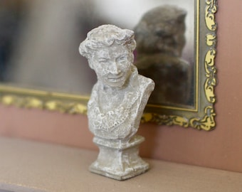 Dolls HouseMiniature Victorian Lady Bust Statue