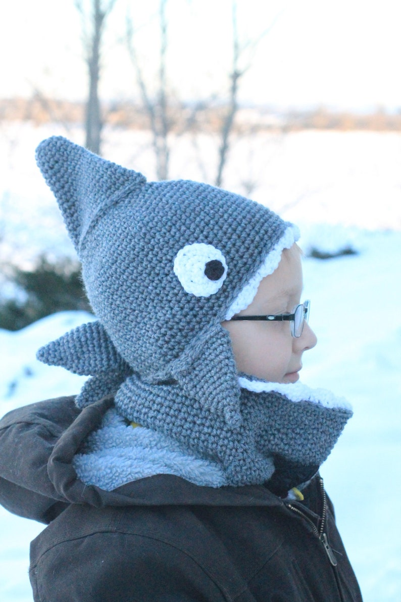 Shark Bite Hat and Cowl Combo image 0