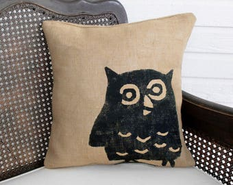Owl - Burlap Pillow -  Owl Pillow - Owl Decor - Woodland Decor  - Decorative Pillow