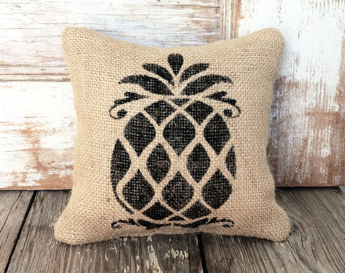 Pineapple Doorstop - Welcome  Hospitality-  Burlap Feed Sack Door  - Tropical home decor - Southern Greeting