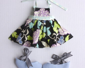 SALE Bow Tie Shoes & Apron PDF Pattern Doll Clothing