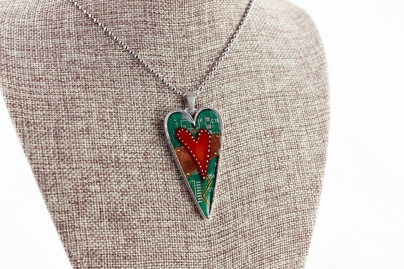 Heart Pendant / Necklace  Mended Heart  Love  Friendship  image 0