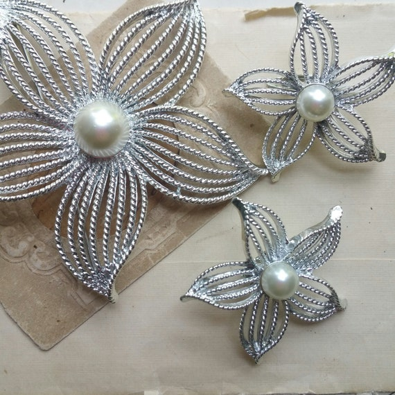 Sarah Coventry Silver Pearl Brooch, Coro Earrings And Pin, Wedding Brooch, Brooch Bouquet. by Etsy