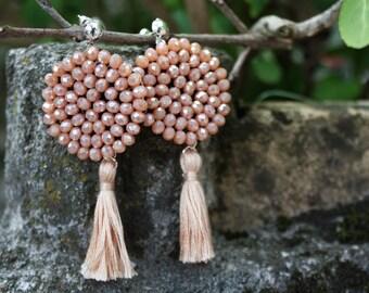 DALIA | Orecchini rosa con nappa, Orecchini nappina, orecchini viola, orecchini boho, orecchini pendenti, orecchini ricamati