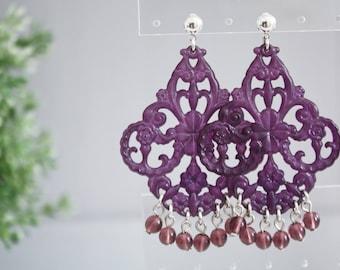 ONE OF A KIND | Orecchini Charming Candy, filigrana di lucite viola, orecchini chandelier,