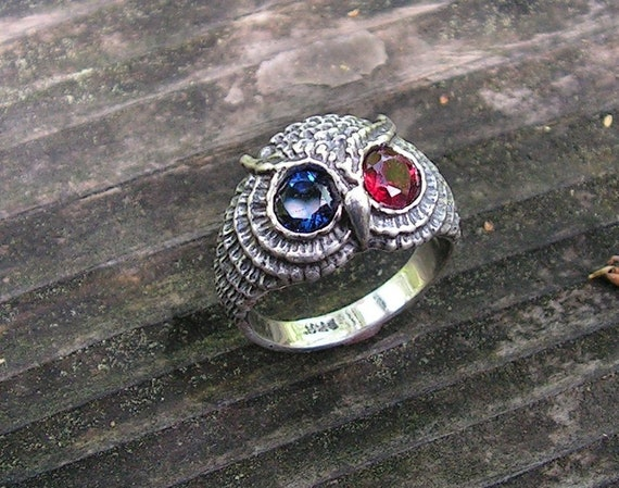 Owl Ring With Sapphire And Garnet Eyes In Sterling Silver