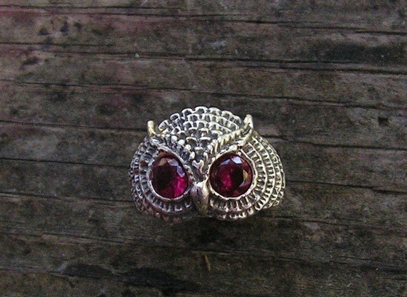 Owl Ring With Garnet Eyes In Sterling Silver