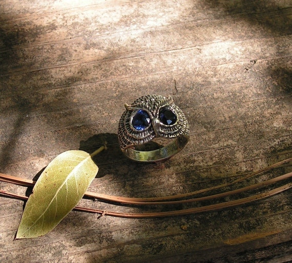 Owl Ring With Sapphire Eyes In Sterling Silver