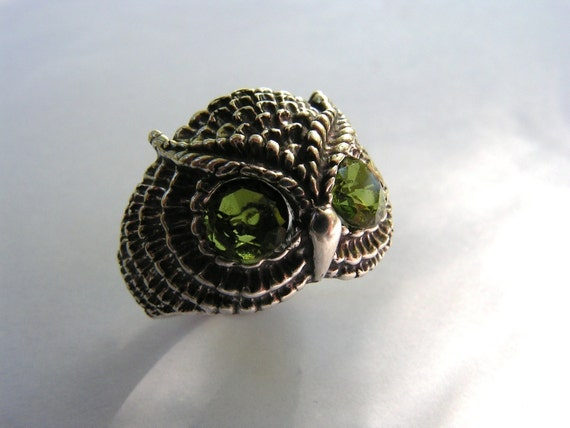 Owl Ring With Peridot Eyes In Sterling Silver