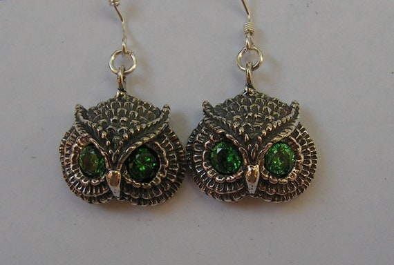 Owl Earrings With Emerald Eyes In Sterling Silver