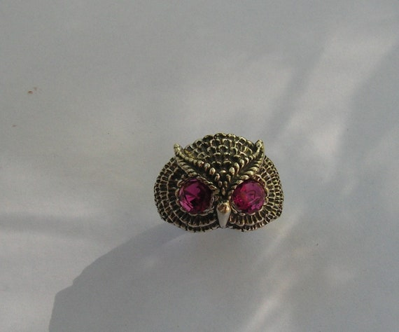Owl Ring With Ruby Eyes In Sterling Silver